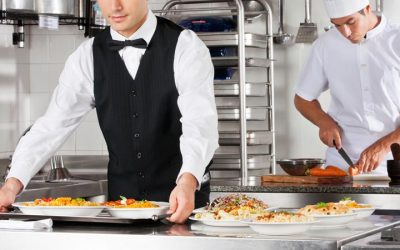 ¿Trabajas en hostelería? ¡Cuida tu espalda!